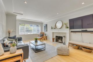 Photo 3: 637 E 11 Avenue in Vancouver: Mount Pleasant VE House for sale (Vancouver East)  : MLS®# R2509056
