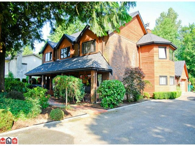 """Main Photo: 20563 95A Avenue in Langley: Walnut Grove House for sale in """"Walnut Grove"""" : MLS®# F1100754"""