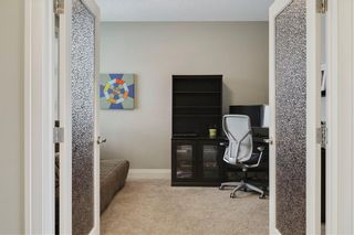 Photo 17: 30 WEXFORD Crescent SW in Calgary: West Springs Detached for sale : MLS®# C4306376