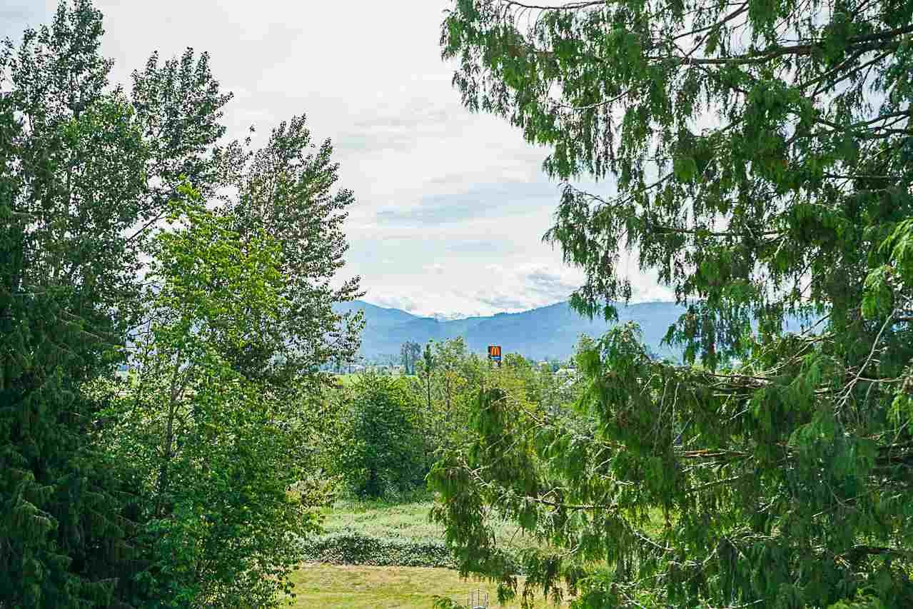 """Photo 15: Photos: 301 2238 WHATCOM Road in Abbotsford: Abbotsford East Condo for sale in """"Waterleaf"""" : MLS®# R2276818"""
