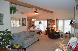 """Photo 6: 105 2303 CRANLEY Drive in Surrey: King George Corridor Manufactured Home for sale in """"SUNNYSIDE ESTATES"""" (South Surrey White Rock)  : MLS®# R2146225"""