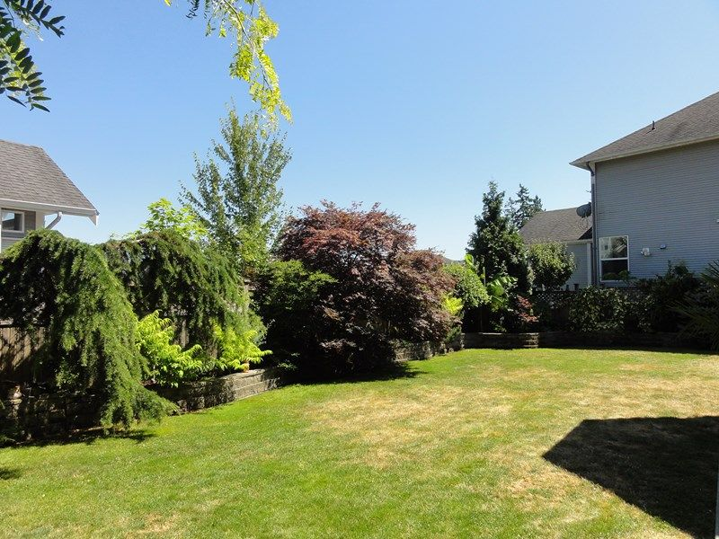 "Photo 32: Photos: 5786 147A Street in Surrey: Sullivan Station House for sale in ""PANORAMA HILL"" : MLS®# F1446306"