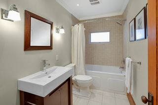 Photo 10: 2086 PARKER Street in Vancouver: Grandview Woodland House for sale (Vancouver East)  : MLS®# R2380539