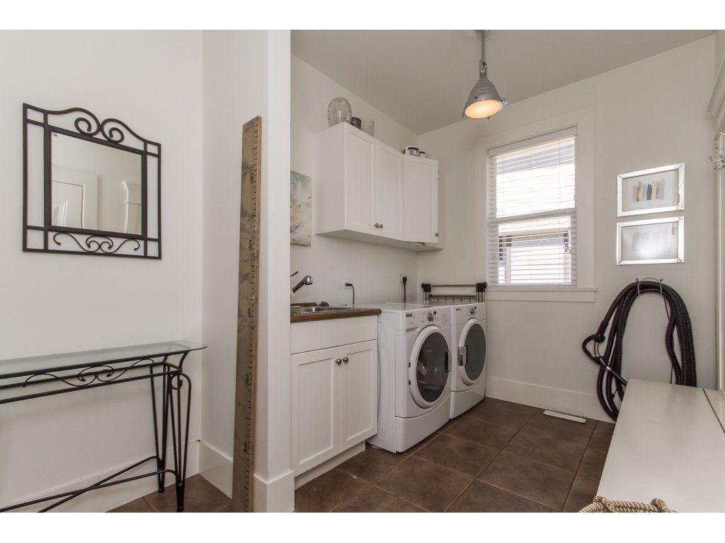 Photo 20: Photos: 4354 BLAUSON Boulevard in Abbotsford: Abbotsford East House for sale : MLS®# R2096025