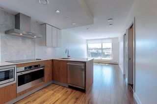"""Photo 10: 311 159 W 2ND Avenue in Vancouver: False Creek Condo for sale in """"Tower Green at West"""" (Vancouver West)  : MLS®# R2603366"""