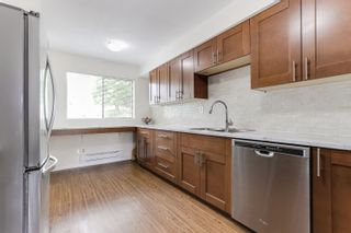 "Photo 6: 3 9994 149 Street in Surrey: Guildford Townhouse for sale in ""TALL TIMBERS"" (North Surrey)  : MLS®# R2369624"