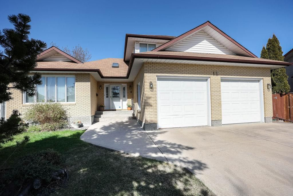 Main Photo: 12 Gregg Place in Winnipeg: Parkway Village Residential for sale (4F)  : MLS®# 202111541