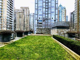 Photo 17: 505 1088 RICHARDS STREET in Vancouver: Yaletown Condo for sale (Vancouver West)  : MLS®# R2346957