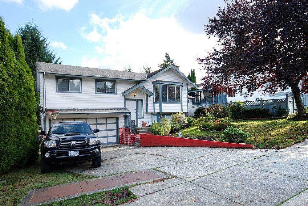 Main Photo: 8048 138A Street in Surrey: bear creek House for sale : MLS®# F1226242