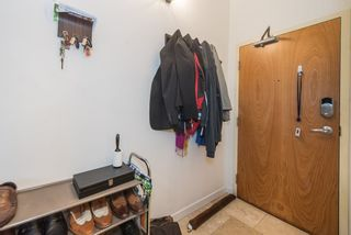 "Photo 10: 1001 933 SEYMOUR Street in Vancouver: Downtown VW Condo for sale in ""The Spot"" (Vancouver West)  : MLS®# R2212906"