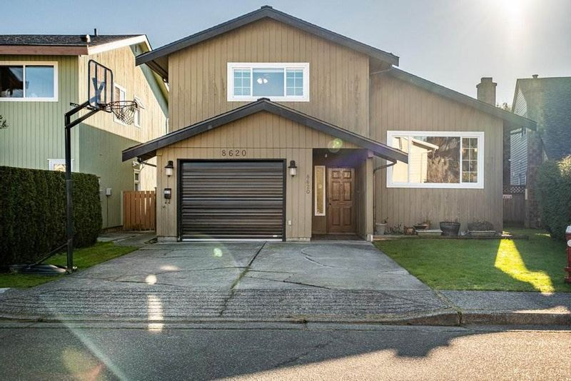 FEATURED LISTING: 8620 CITADEL Crescent Richmond