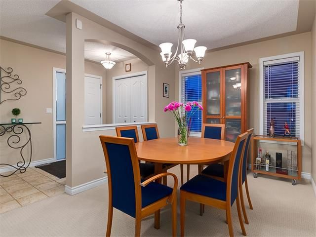 Photo 20: Photos: 40 COUGARSTONE Manor SW in Calgary: Cougar Ridge House for sale : MLS®# C4087798