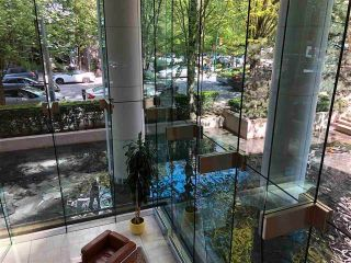 """Photo 19: 405 1200 ALBERNI Street in Vancouver: West End VW Condo for sale in """"Palisades"""" (Vancouver West)  : MLS®# R2612011"""
