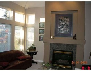 """Photo 2: 14071 23A Avenue in White_Rock: Sunnyside Park Surrey House for sale in """"FOREST EDGE"""" (South Surrey White Rock)  : MLS®# F2800044"""