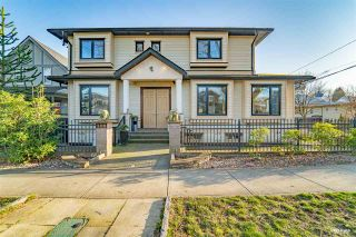 Photo 1: 108 E 42ND Avenue in Vancouver: Main House for sale (Vancouver East)  : MLS®# R2553407