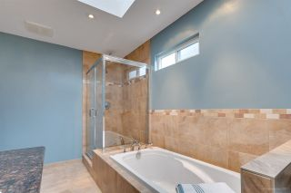 "Photo 11: 7 ASPEN Court in Port Moody: Heritage Woods PM House for sale in ""HERITAGE WOODS"" : MLS®# R2254456"