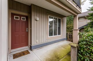 """Photo 3: 17 5839 PANORAMA Drive in Surrey: Sullivan Station Townhouse for sale in """"Forest Gate"""" : MLS®# R2046887"""