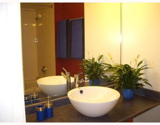 """Photo 8: 1204 1135 QUAYSIDE Drive in New Westminster: Quay Condo for sale in """"ANCHOR POINTE"""" : MLS®# V796798"""