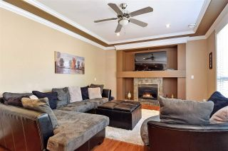"""Photo 13: 6351 167B Street in Surrey: Cloverdale BC House for sale in """"West Cloverdale"""" (Cloverdale)  : MLS®# R2475893"""