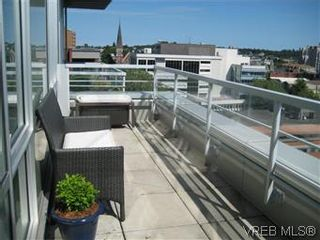 Photo 2: 1103 732 Cormorant Street in VICTORIA: Vi Downtown Condo Apartment for sale (Victoria)  : MLS®# 296221