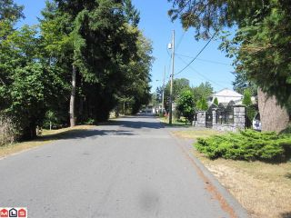 Photo 7: 13473 94A Avenue in Surrey: Queen Mary Park Surrey House for sale : MLS®# F1121162
