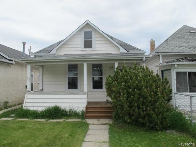 Main Photo:  in WINNIPEG: East Kildonan Residential for sale (North East Winnipeg)  : MLS®# 1515442