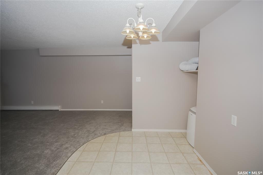 Photo 11: Photos: 101 411 Tait Court in Saskatoon: Wildwood Residential for sale : MLS®# SK834232