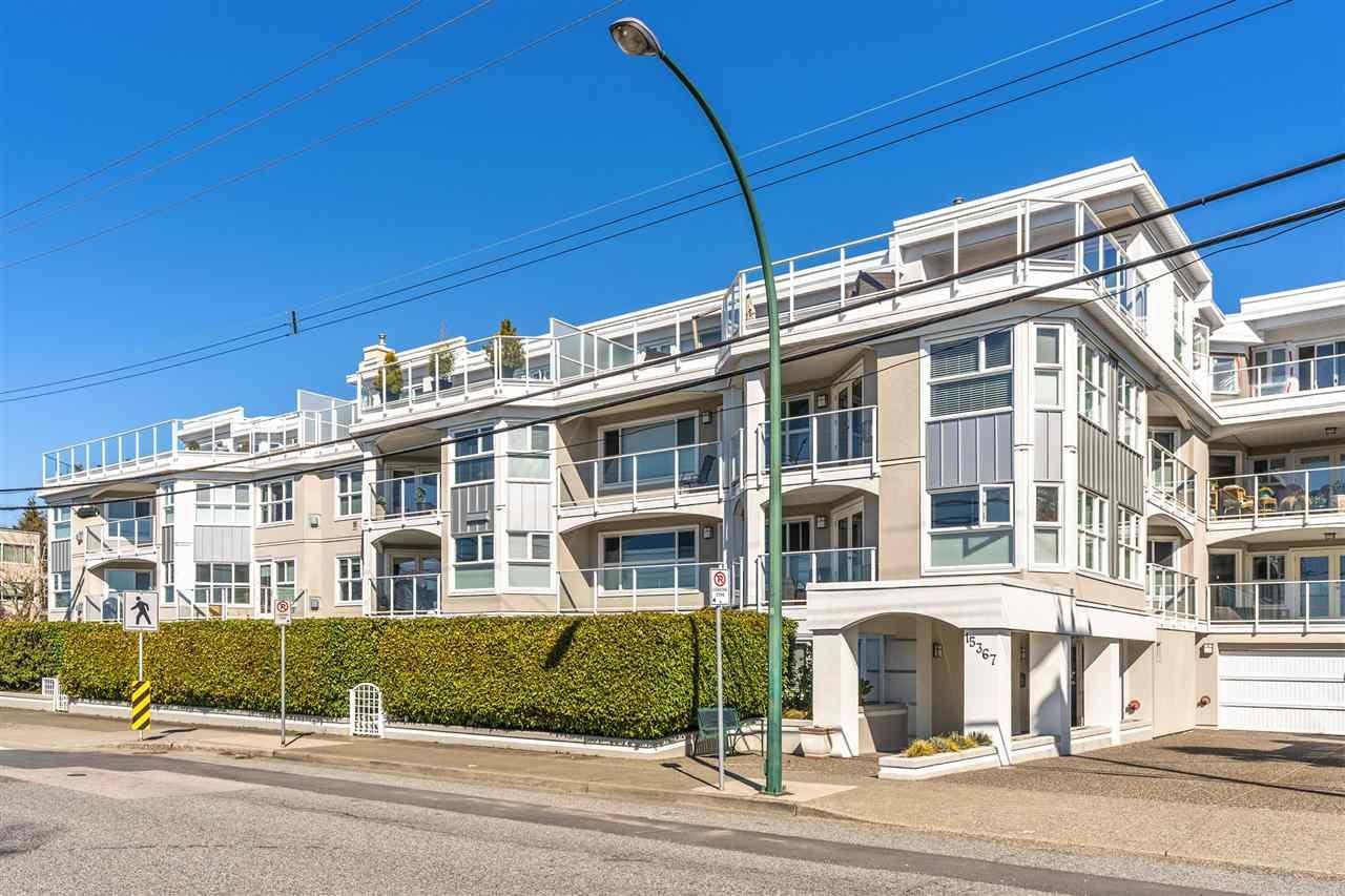 """Main Photo: 404 15367 BUENA VISTA Avenue: White Rock Condo for sale in """"The Palms"""" (South Surrey White Rock)  : MLS®# R2566212"""