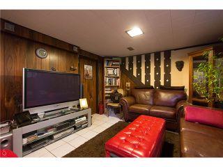 Photo 3: 4437 N Huxley Avenue in Burnaby: Burnaby Hospital House for sale (Burnaby South)  : MLS®# V1086008
