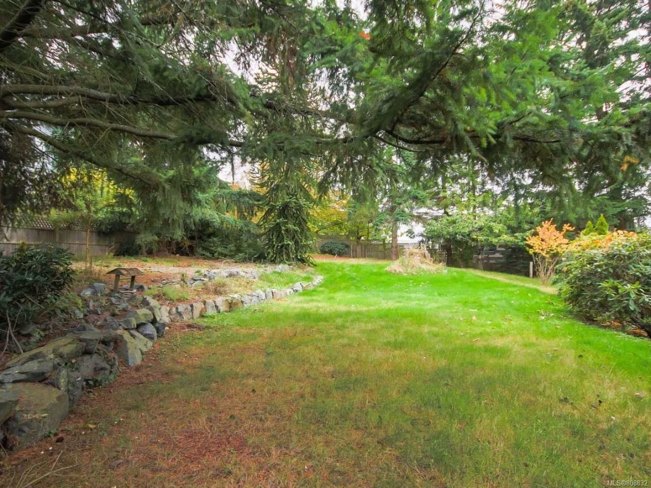 Photo 27: Photos: 5407 Lost Lake Rd in NANAIMO: Na North Nanaimo House for sale (Nanaimo)  : MLS®# 808832