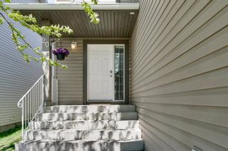 Photo 3: 20 Rockyledge Crescent NW in Calgary: Rocky Ridge Detached for sale : MLS®# A1123283