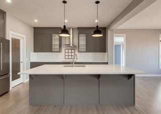 Photo 11: 203 Crestridge Hill SW in Calgary: Crestmont Detached for sale : MLS®# A1105863