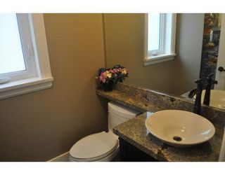 Photo 8: 3177 E 21ST AVENUE in Renfrew Heights: Home for sale : MLS®# R2031216