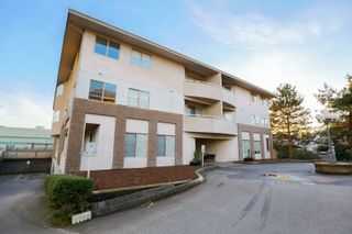"""Photo 1: 301 19130 FORD Road in Pitt Meadows: Central Meadows Condo for sale in """"Beacon's Square"""" : MLS®# R2032727"""