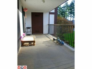"Photo 10: 201 1520 VIDAL Street: White Rock Condo for sale in ""THE SANDHURST"" (South Surrey White Rock)  : MLS®# F1215493"