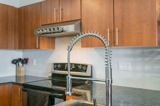 "Photo 8: 414 1633 MACKAY Avenue in North Vancouver: Pemberton NV Condo for sale in ""TOUCHBASE"" : MLS®# R2015342"