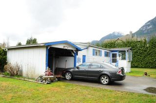 """Photo 5: 29 39768 GOVERNMENT Road in Squamish: Northyards Manufactured Home for sale in """"THREE RIVERS"""" : MLS®# R2051629"""