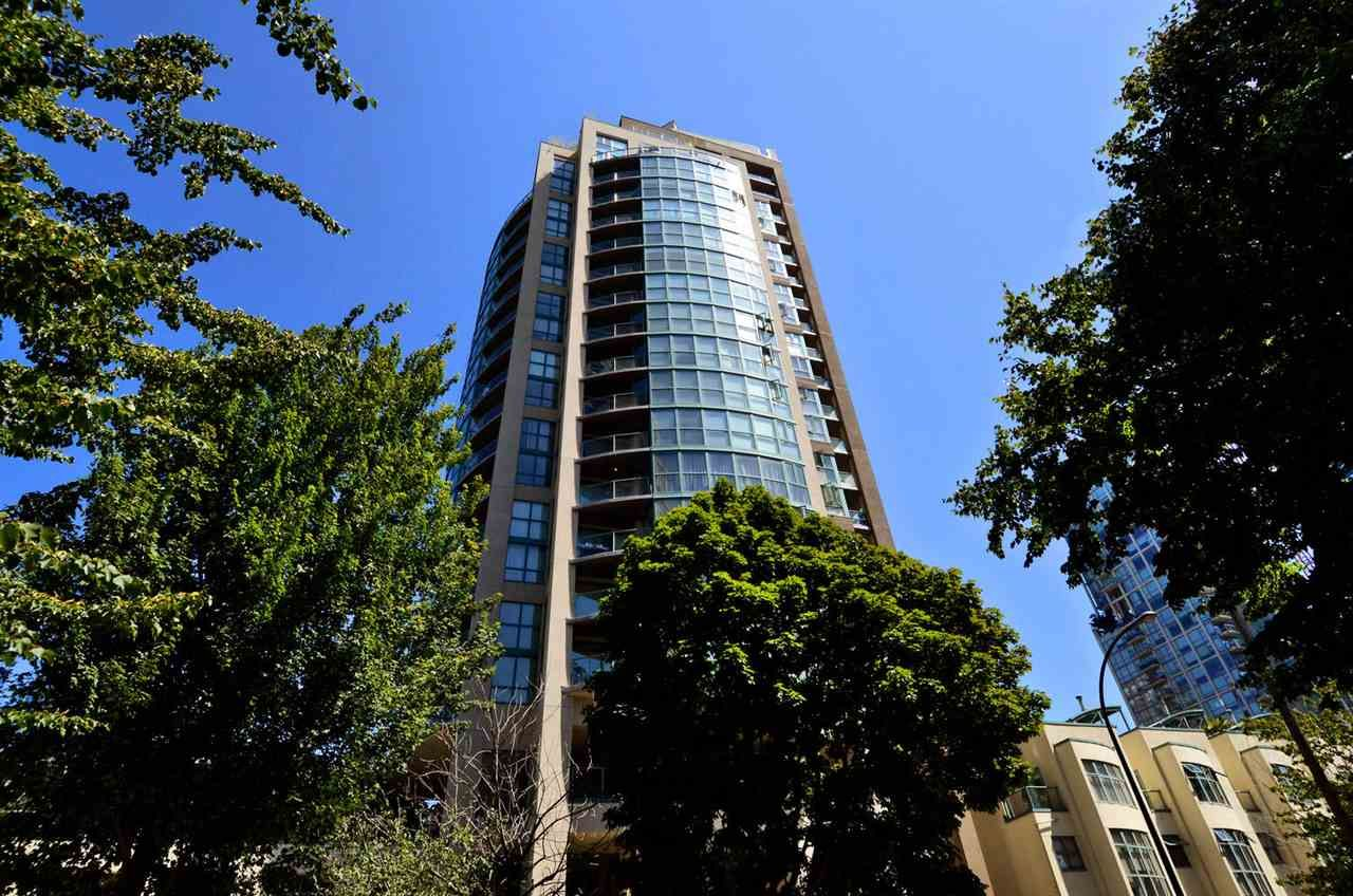 Main Photo: 1505 907 BEACH Avenue in Vancouver: Yaletown Condo for sale (Vancouver West)  : MLS®# R2323167
