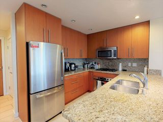 """Photo 5: 207 2688 WEST Mall in Vancouver: University VW Condo for sale in """"Promontory"""" (Vancouver West)  : MLS®# R2554955"""