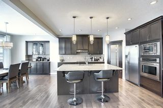 Photo 6: 85 Cougar Ridge Close SW in Calgary: Cougar Ridge Detached for sale : MLS®# A1058871
