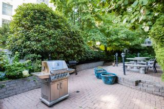 """Photo 10: 208 910 BEACH Avenue in Vancouver: Yaletown Condo for sale in """"910 BEACH AVE"""" (Vancouver West)  : MLS®# R2617665"""