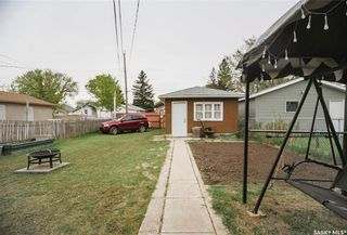 Photo 5: 331 X Avenue South in Saskatoon: Meadowgreen Residential for sale : MLS®# SK859564