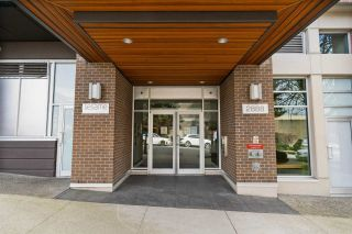 """Photo 2: 513 2888 E 2ND Avenue in Vancouver: Renfrew VE Condo for sale in """"SESAME"""" (Vancouver East)  : MLS®# R2558241"""