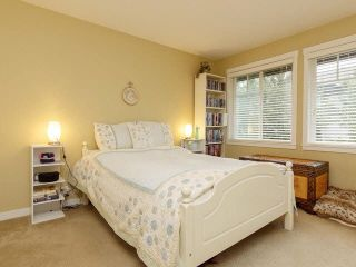 "Photo 11: 10 6838 BAKER Road in Delta: Sunshine Hills Woods Townhouse for sale in ""D'Anjou"" (N. Delta)  : MLS®# F1447085"