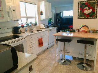 Photo 9: 5632 CASCADE Crescent in Sechelt: Sechelt District House for sale (Sunshine Coast)  : MLS®# R2476734