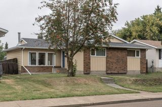 Photo 1: 703 KNOTTWOOD Road S in Edmonton: Zone 29 House for sale : MLS®# E4261398