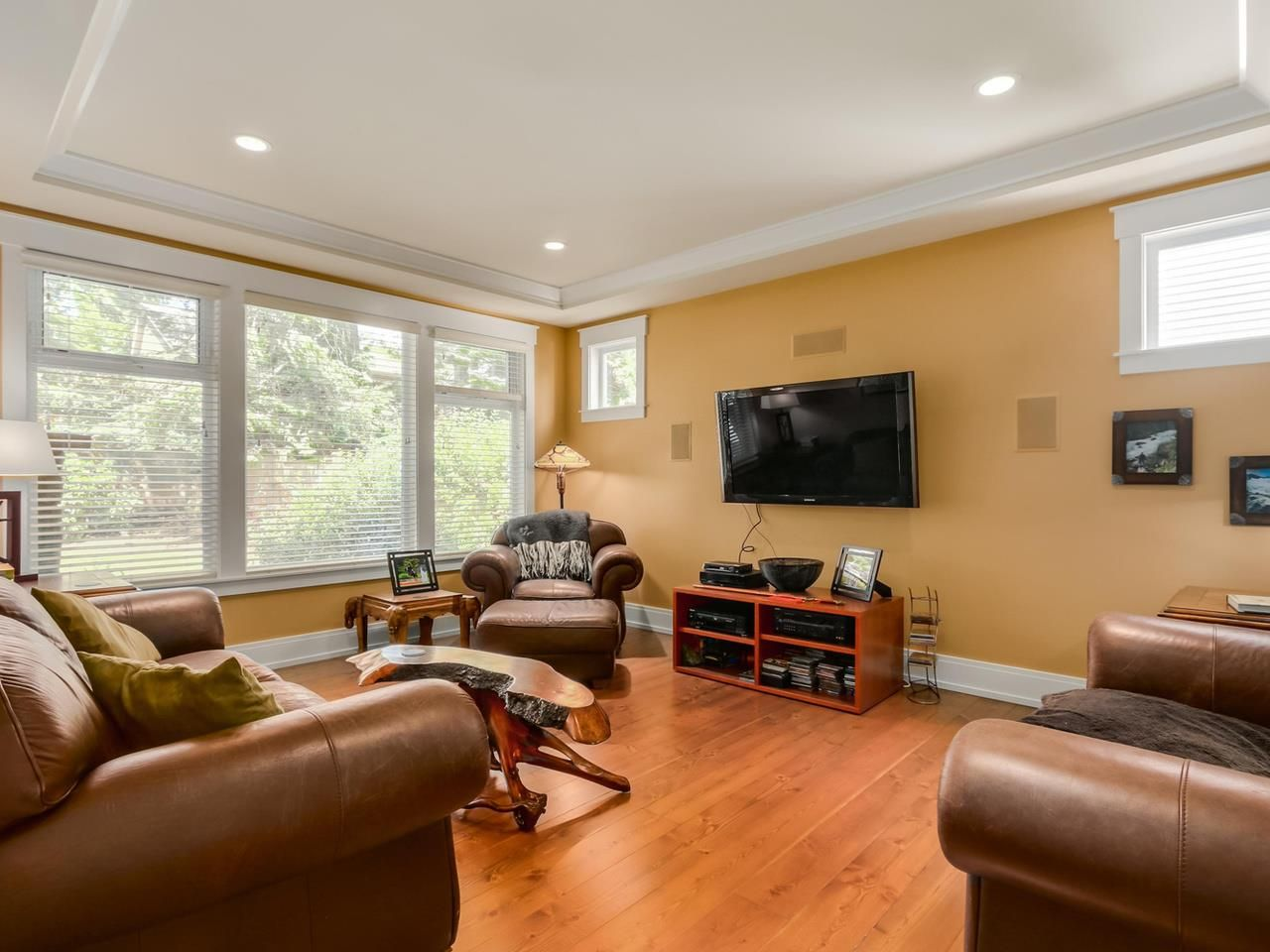 Photo 8: Photos: 13029 14 Avenue in Surrey: Crescent Bch Ocean Pk. House for sale (South Surrey White Rock)  : MLS®# R2070160