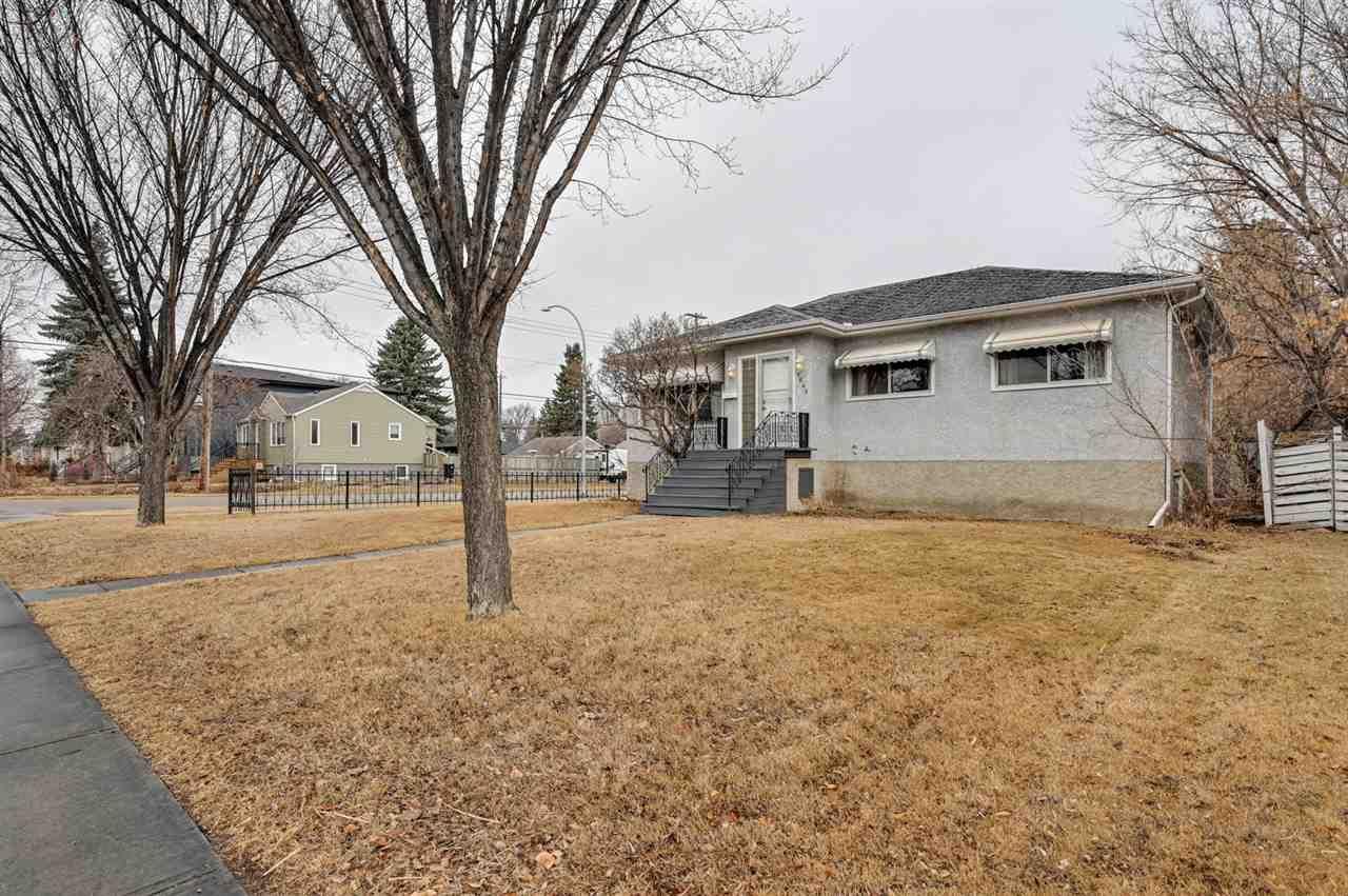 Main Photo: 9648 69 Avenue in Edmonton: Zone 17 House for sale : MLS®# E4236073