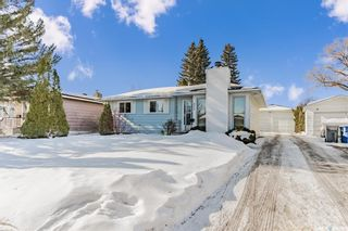 Photo 2: 413 Vancouver Avenue North in Saskatoon: Mount Royal SA Residential for sale : MLS®# SK842189