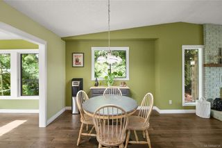 Photo 9: 2045 Wesbrook Dr in Sidney: Si Sidney North-West House for sale : MLS®# 844726